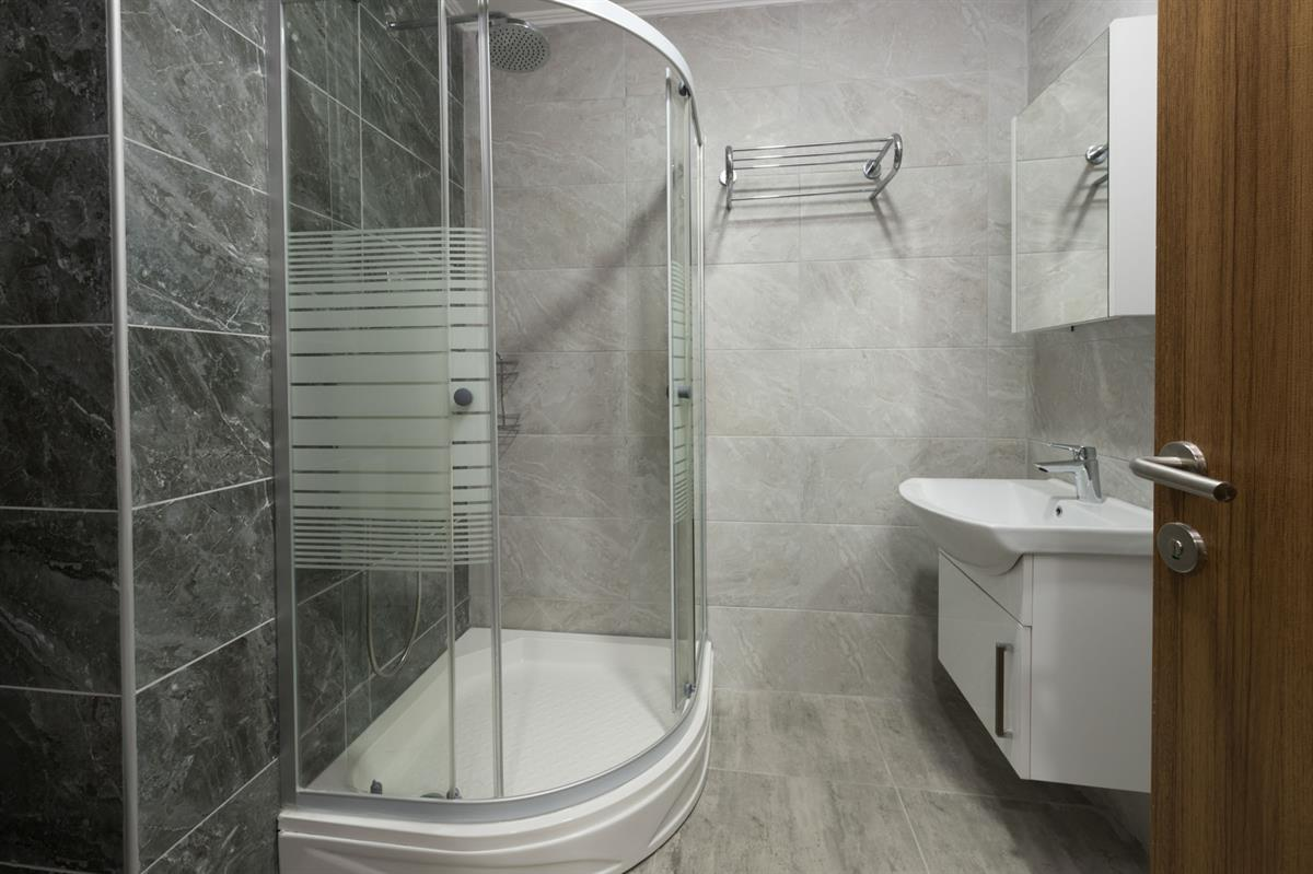 Shower Room and Sink